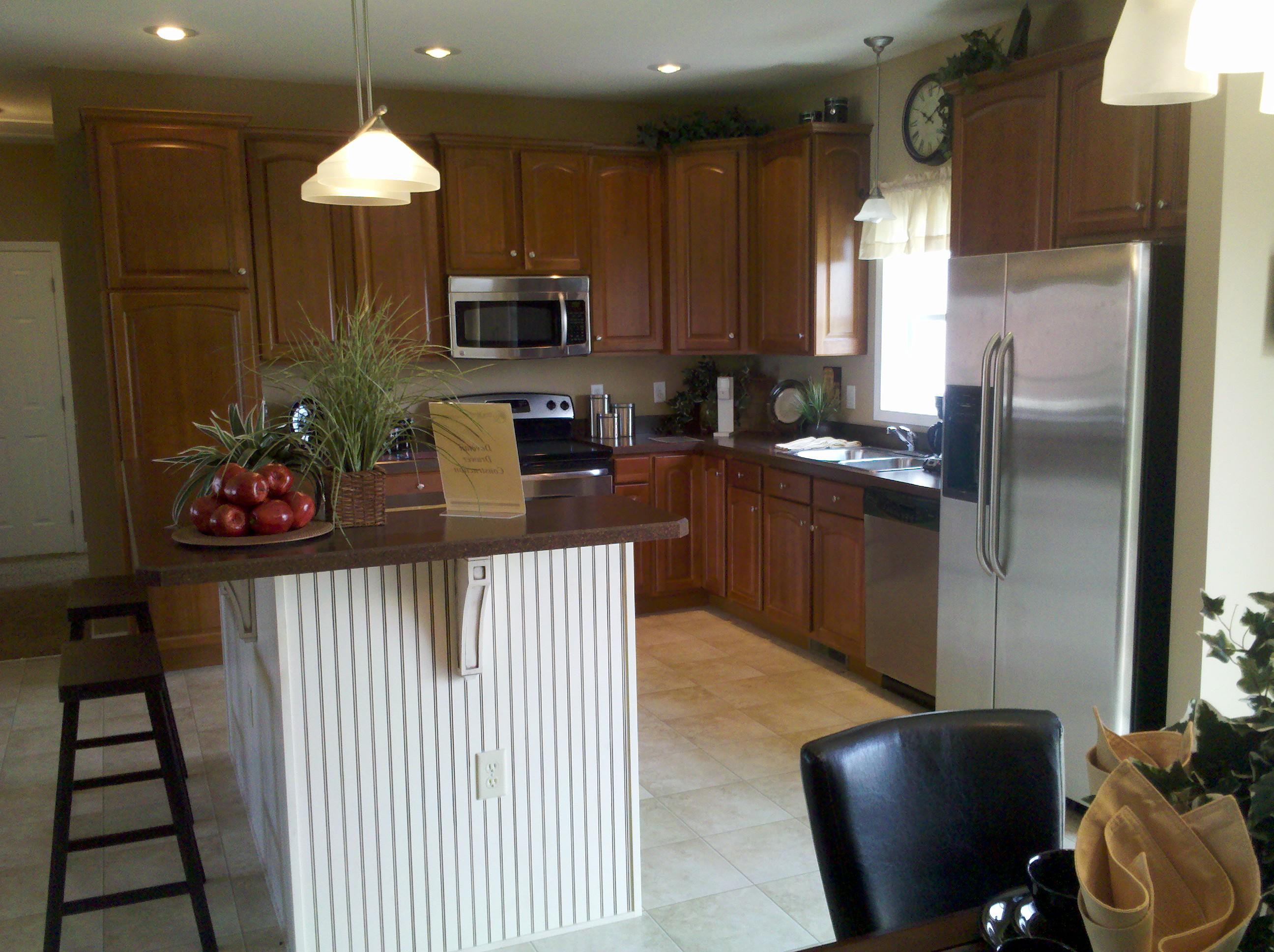 Kitchen Cabinetry - Cherry-White